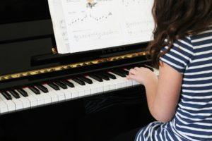 piano enfant musique blog papa ratatam